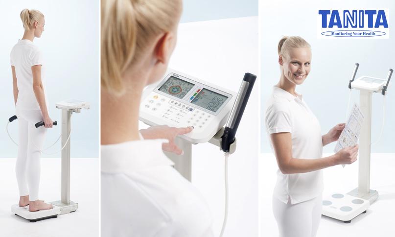 Màquina de bioimpedància per al càlcul de la composició corporal